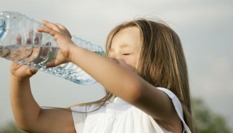 agnieszka_piskala_jak_przekonac_dzieci_do_picia_wody